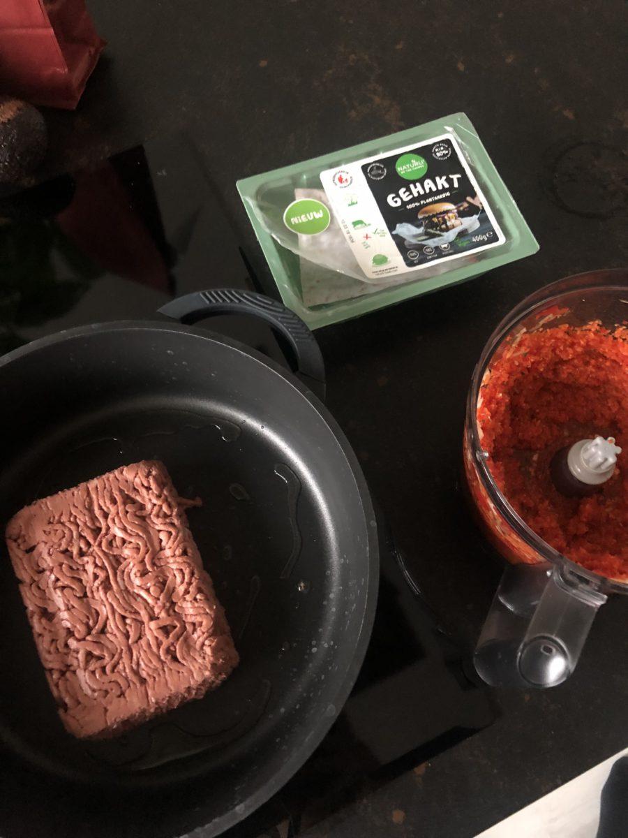 vegan pasta bolognese, vegan