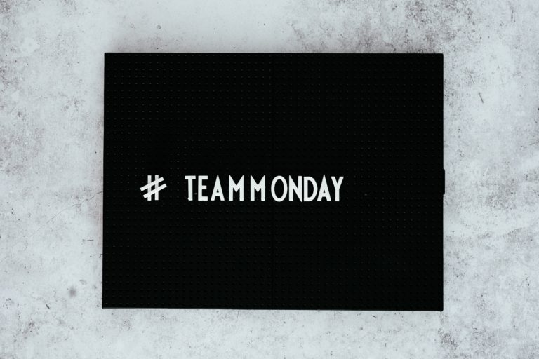 maandag, team maandag