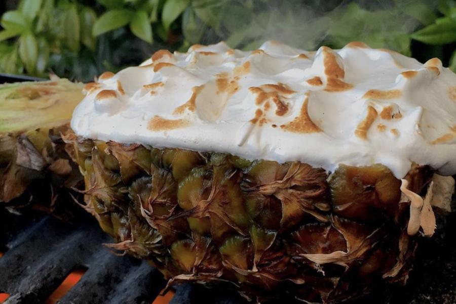 Batata-doce recheada + abacaxi grelhado // Oferta Kraut orgânica do vencedor