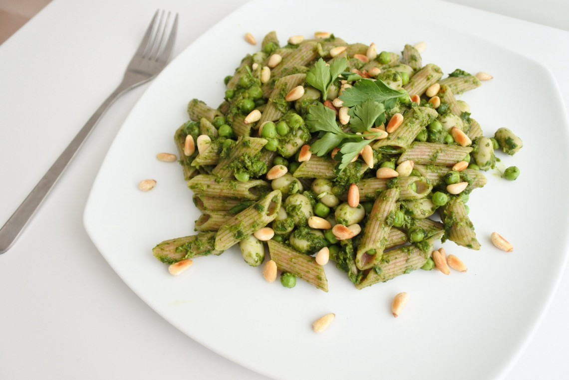 pasta met tuinbonen en muntpesto