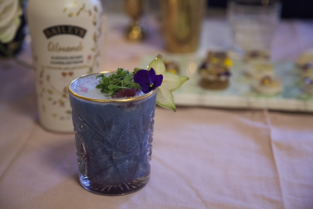 baileys almande mermaid cocktail