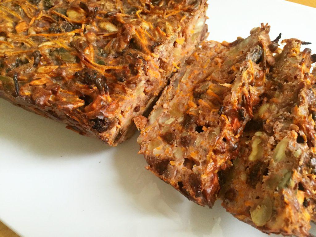 wortel notenbrood met rozijnen, boek van jet, noten