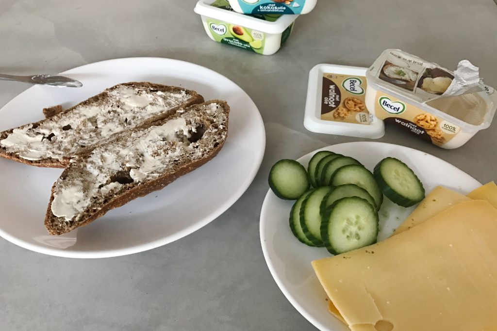 becel margarine, boterham kaas komkommer