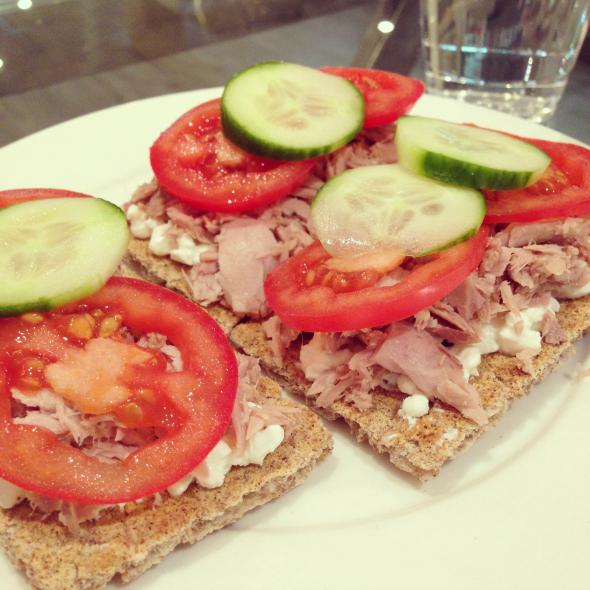 crackers, suikervrij, tonijn
