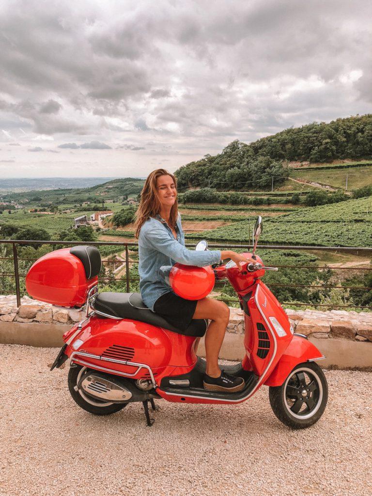 glamping gardameer Italie, kamperen, daisy, vespa scooter