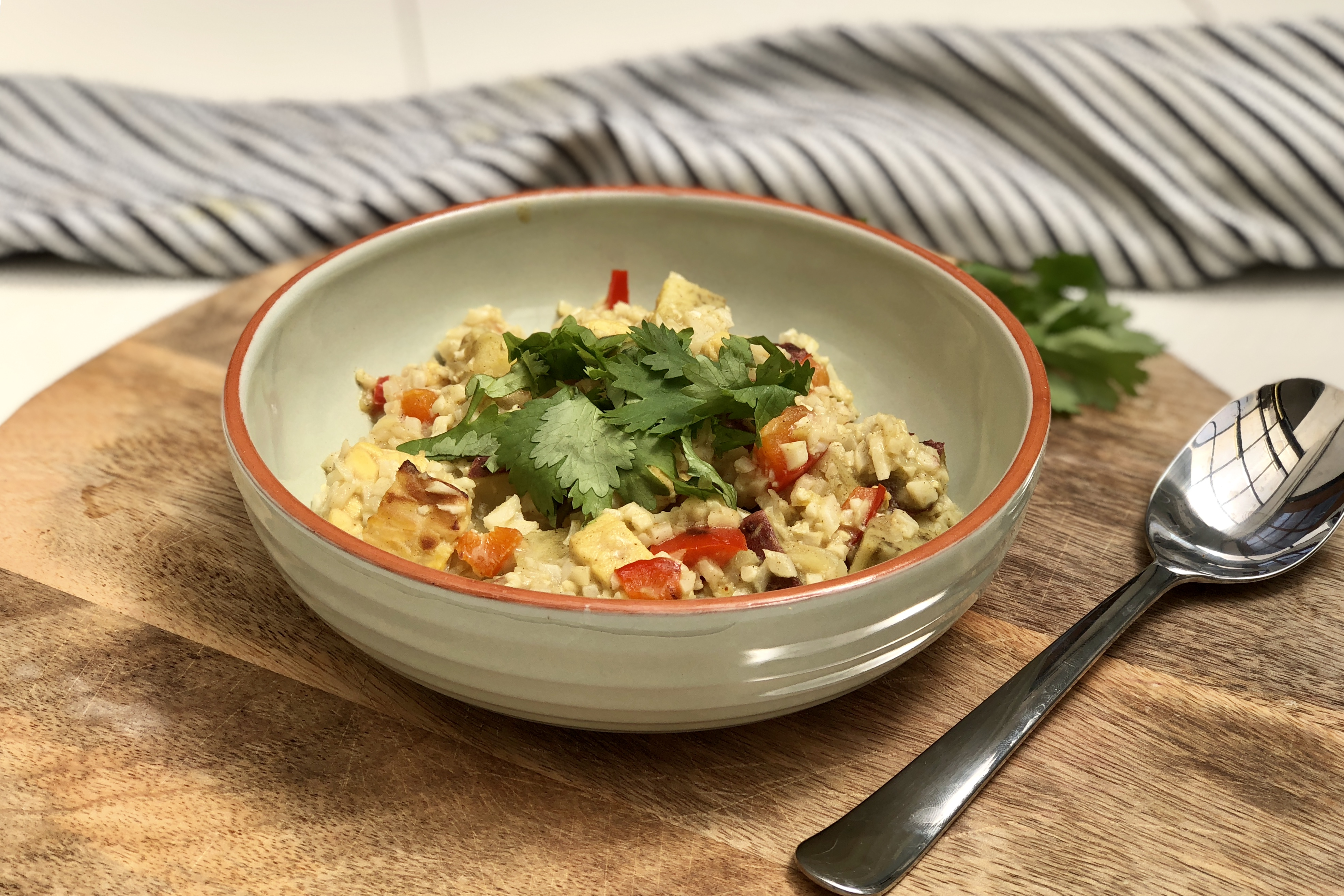 curry met bloemkoolrijst, vegan, temphe, curry