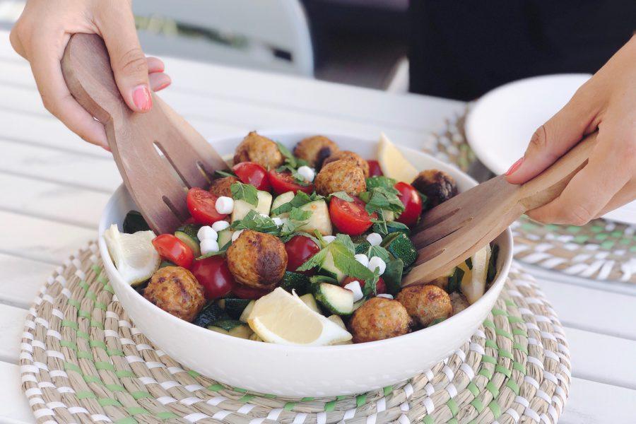 vega bulgur bowl met groenteballetjes