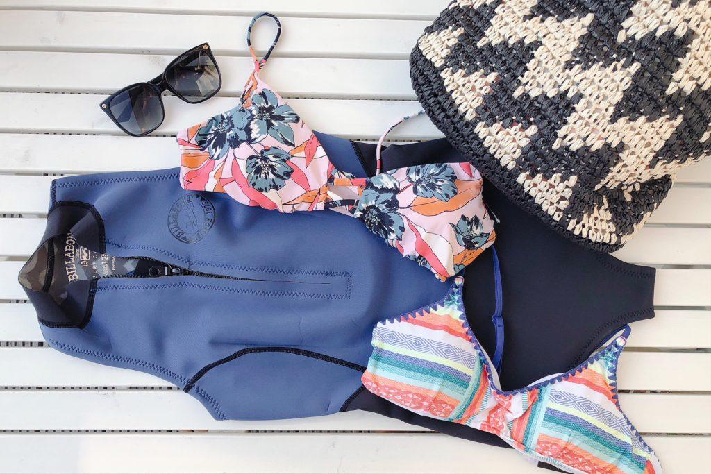 blue tomato surf bikini's en suits