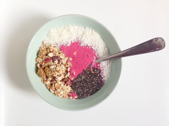 breakfast bowl met kokos - naga bowl