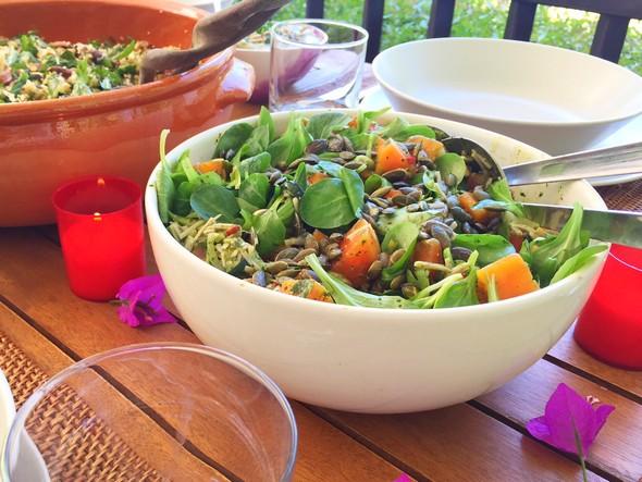 Bobby's Table Ibiza - boekweit noedel salade met courgette, papaya en kruiden