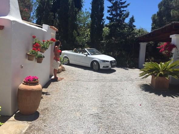 ibiza villa, auto