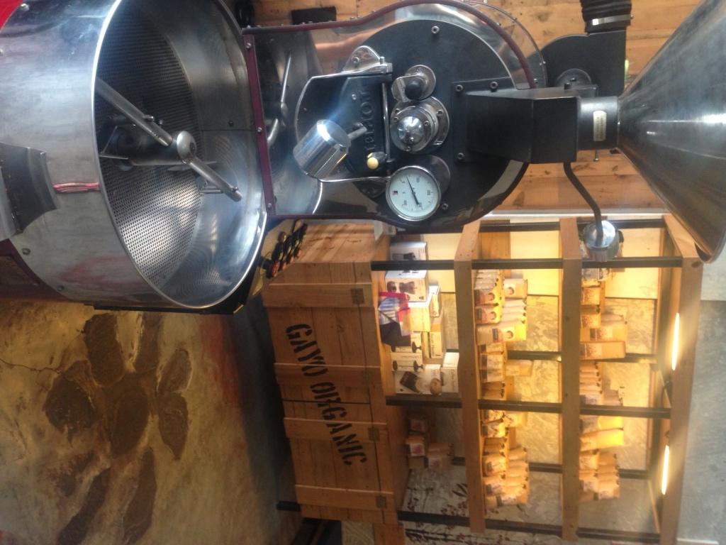 anomali coffee bali - seminyak