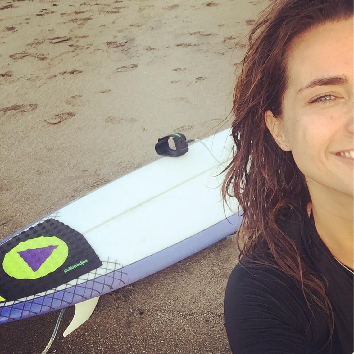 surf daisy bali