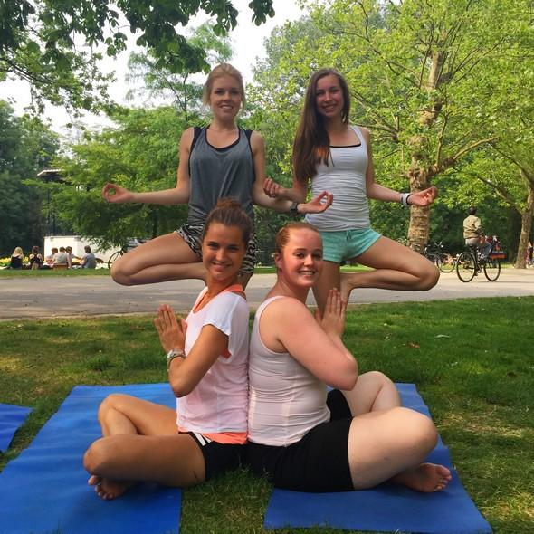 yogales in het park