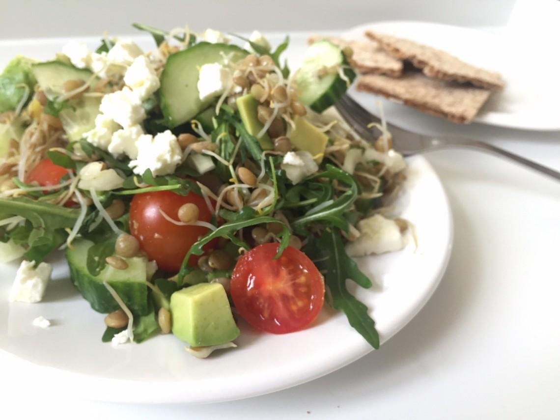 salade van linzenkiemen