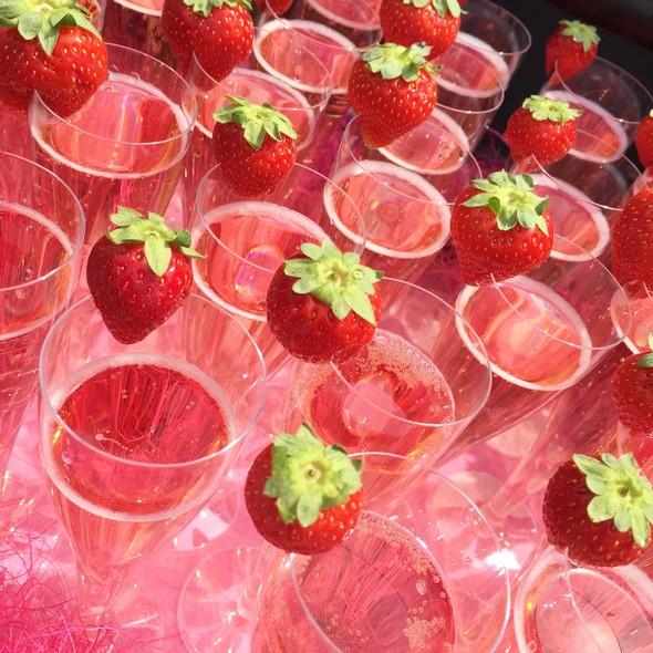 gaypride champagne aardbei