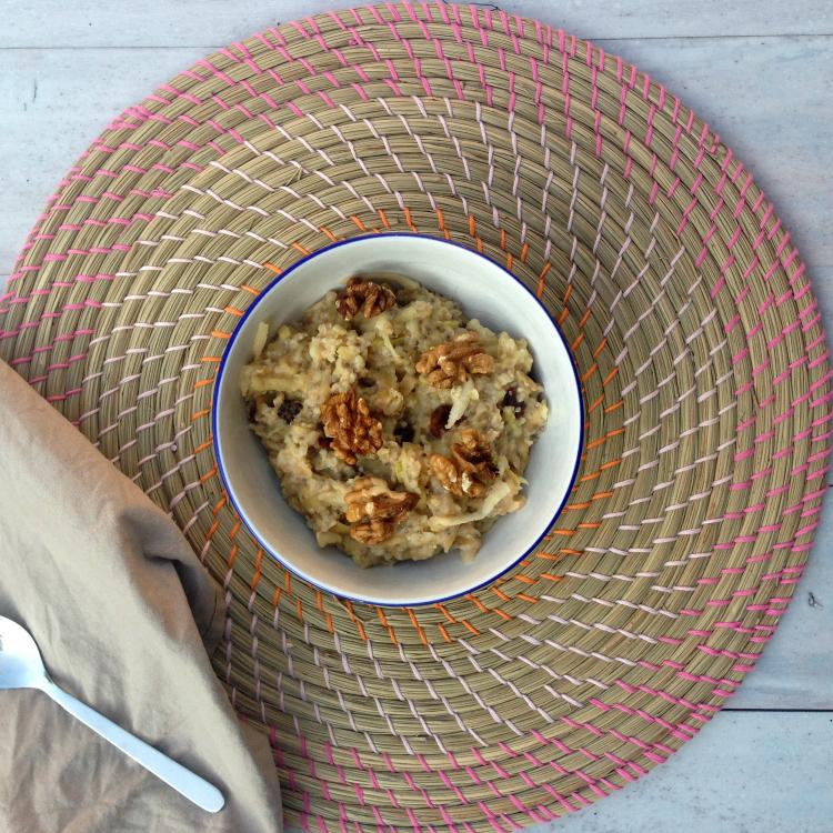 chia apple pie oats - gezond appeltaart ontbijt