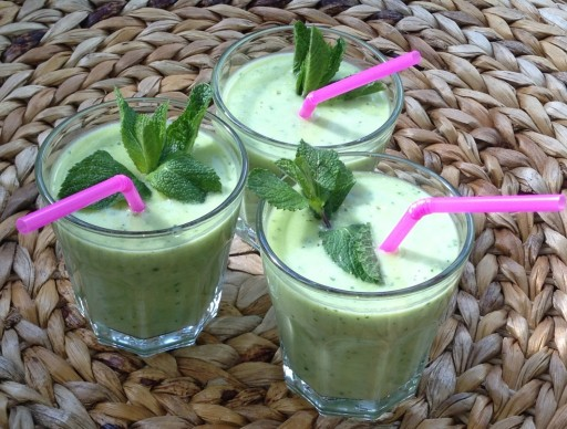 Avocado peer smoothie recept