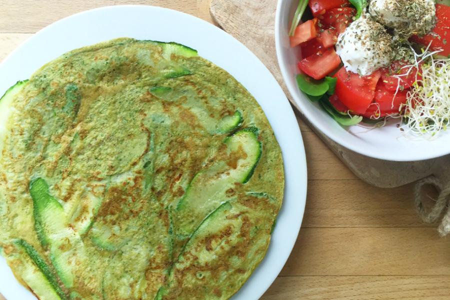 courgette basilicum omelet, ontbijt met groenten