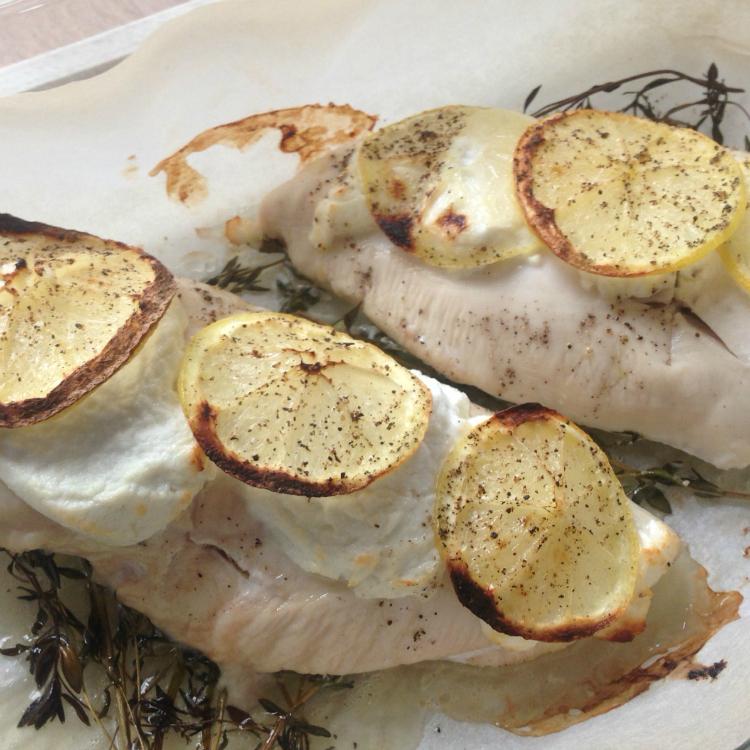 kip uit de oven met citroen en geitenkaas