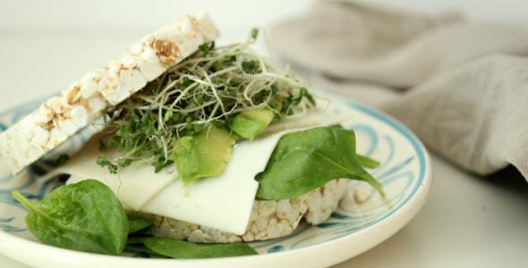 recept broccoli kiemen, rijstwafel sandwich