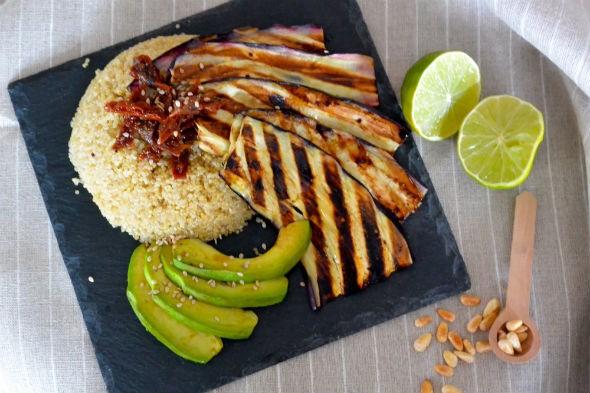recept quinoa met gegrilde aubergine