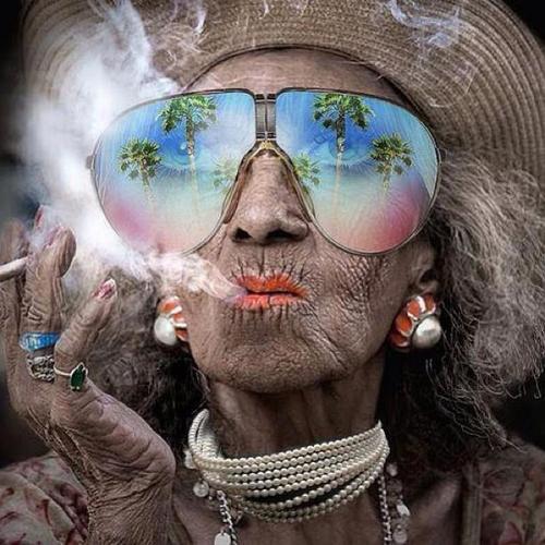 Roken en zon zijn huidverouderaars