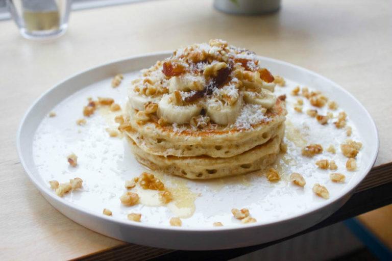 vegan banaan pannenkoeken , ontbijtrecepten