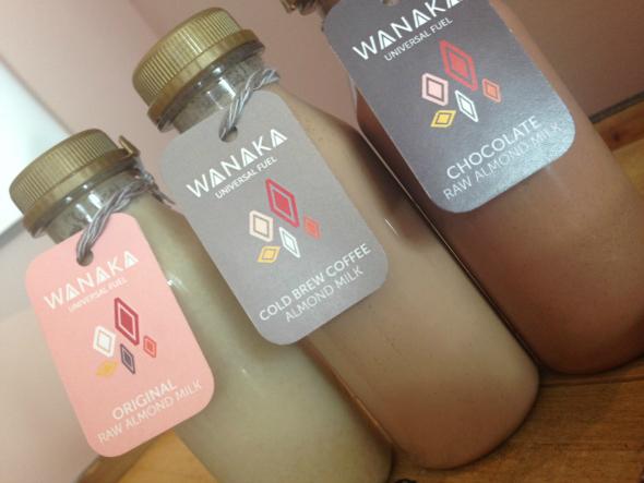 Ook van Wanaka: amandelmelk in 3 variaties.